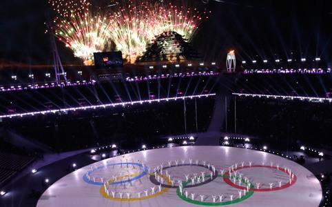 2018平昌冬奥会举行闭幕式