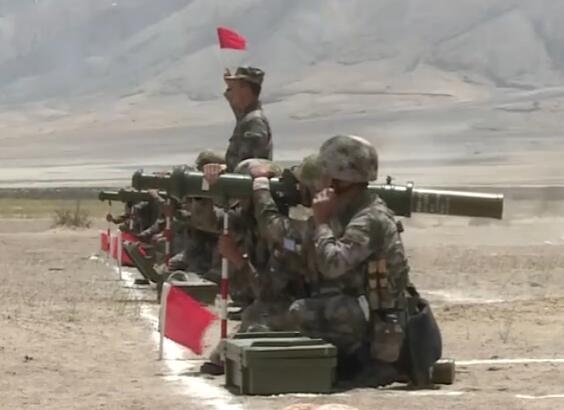 西藏阿里军分区展开大练兵