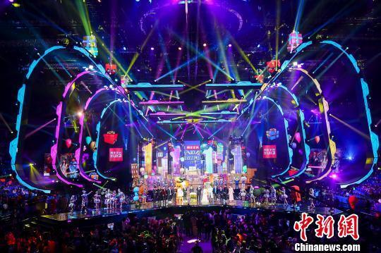 """天猫双11狂欢夜打造""""融媒体超级晚"""" 覆盖观众超2.4亿人"""