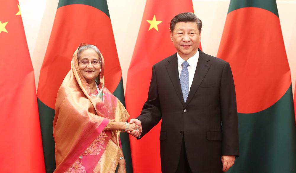 习近平会见孟加拉国总理哈西娜