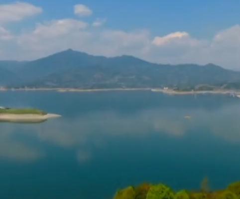 推动长江大保护 高质量谋发展