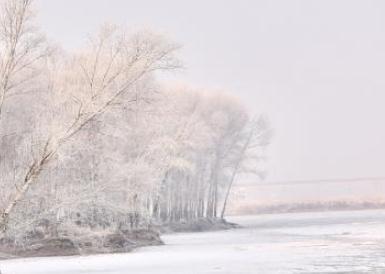吉林松花江畔