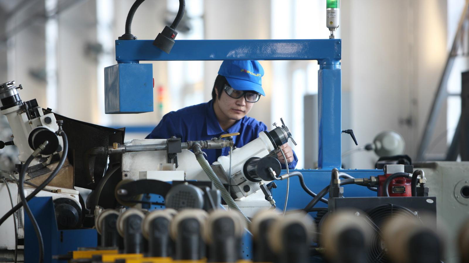 装备制造以市场为主导,发展形成了一批具有国际竞争力的主导产品。