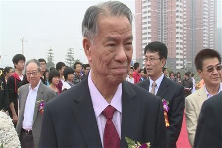 菲华侨领陈永栽:让中华文化在海外后继有人