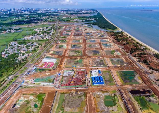 海口江东新区高强度完善基础设施
