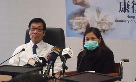 易小玲_易小玲(右)感谢林口长庚医院医疗团队的照料.