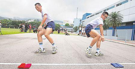 香港警方修订入职体能测试:跑步、跳高、考握力