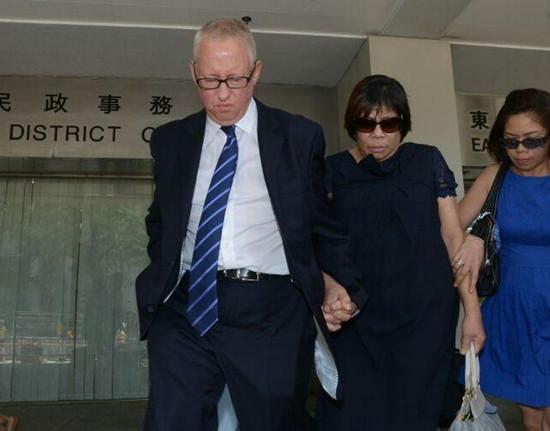 香港富家女堕楼身亡其母再度提堂父被查(图)