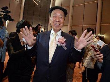 富豪吕志和预计香港楼市平稳向好不想提早退休