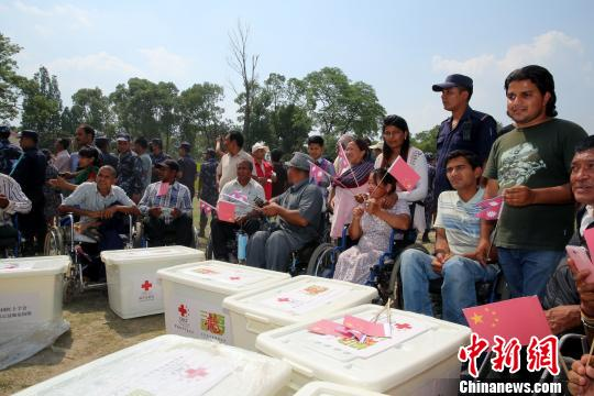 香港再拨款近千万港元援助尼泊尔地震灾民