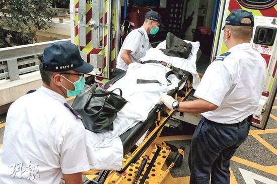 香港一新移民妇人挥刀斩伤丈夫疑因家事起争执