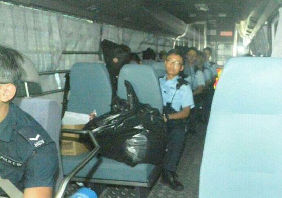 内地游客死亡案香港导游及内地领队被控误杀提堂