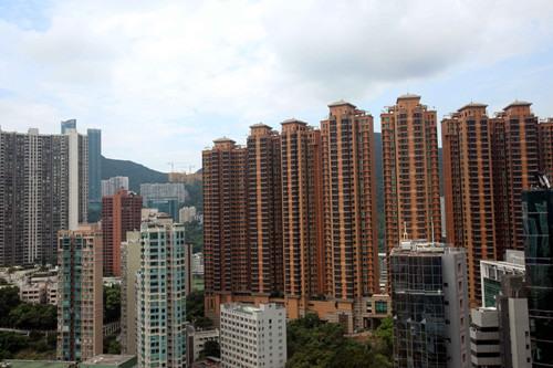 报告:香港房市艰难今年房价预计下滑10%-15%