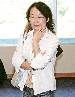 港一医生替病人注射麻醉剂 错将左腰当右腰图片
