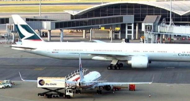 疑液压系统出现问题 香港国泰航空飞马累客机折返