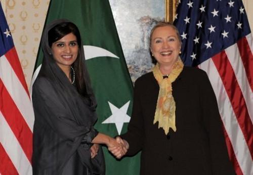 哈尔/美国国务卿希拉里在纽约会见巴基斯坦外交部长哈尔...