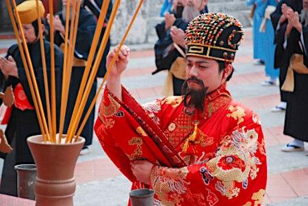 日本沖繩舉行傳統琉球王國迎新年活動(組圖)