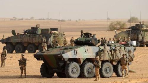 消息称法国军队将至少在马里驻扎到7月