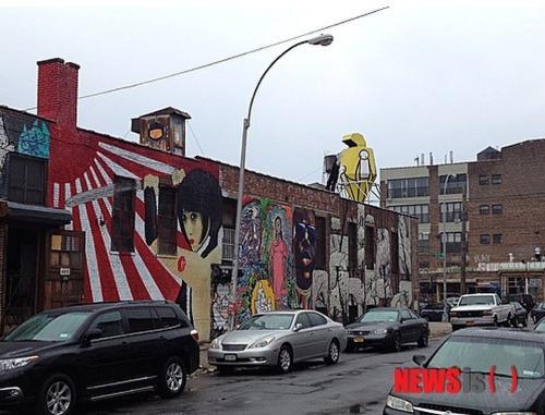 美国街头现旭日旗壁画 当地韩裔忧军国主义复活