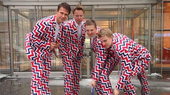 挪威冰壶队展示时尚队服美媒称像走红毯(图)