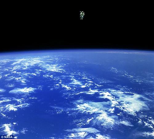 体验《地心引力》:nasa发布真实宇航图集(组图)