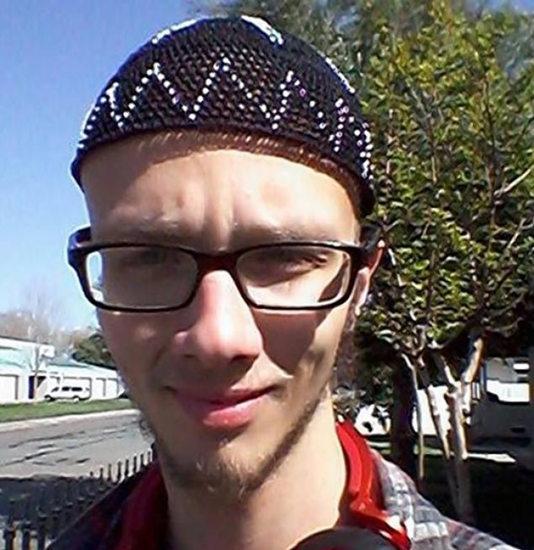 尼古拉斯/20岁大学生尼古拉斯·提奥桑德涉嫌与恐怖分子关联而遭美国当局...