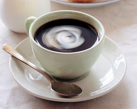 喝咖啡可预防视网膜退化