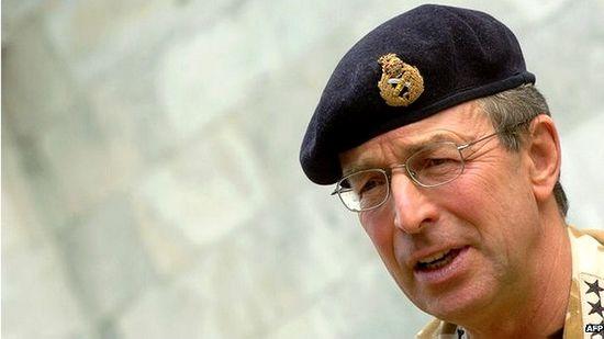英媒:英曾拟训练武装10万叙利亚叛军以推翻政府