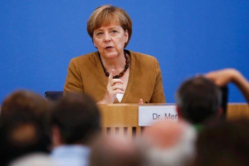 默克尔要求欧盟迅速对俄罗斯采取进一步制裁
