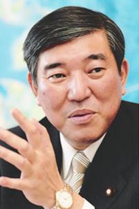 安倍计划重组内阁 自民党干事长去留受瞩目(图)