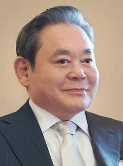 """韩国""""万亿富翁""""35人 首富为三星电子会长(图)"""