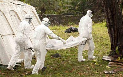 西班牙神父感染埃博拉返欧 系第一位回欧治疗者