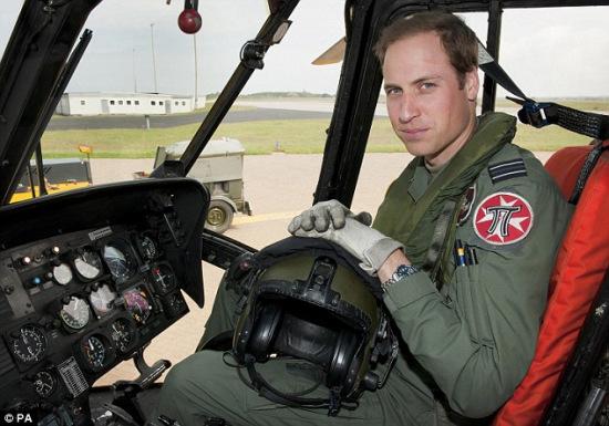 威廉王子找到新工作:驾驶救护飞机 年薪4万英镑