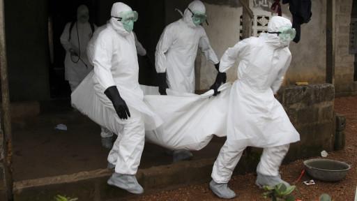 埃博拉病毒肆虐 利比里亚和塞拉利昂封锁疫区