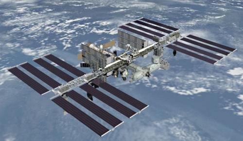 俄宇航员完成空间站舱外作业放送一枚纳米卫星