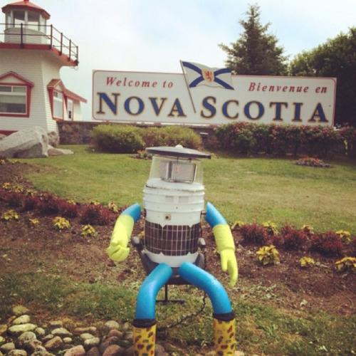 机器人搭顺风车横跨加拿大 3周内跨越6000公里
