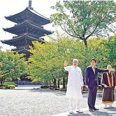 安倍设私宴款待印度总理莫迪 将举行正式会谈