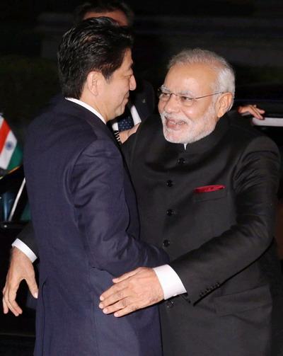 评论:印度不会只和日本握手 不会吊死在一棵树上