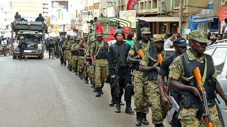 乌干达警方破获疑似恐怖袭击阴谋 提高首都警戒