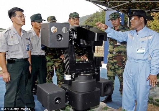 韩国在边境安放持枪机器人 实时监视朝鲜动向