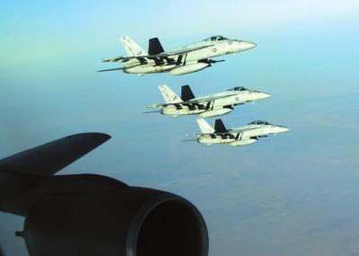 美军摧毁极端组织石油设施 比利时丹麦加入空袭