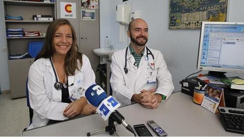 西班牙患埃博拉女护士度过危险期 已能起身讲话