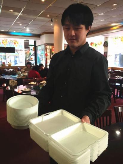 纽约市长签署新法案 禁止使用泡沫塑料食品餐盒