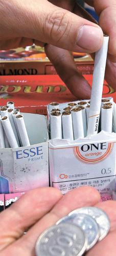 香烟买不起? 调查称韩国九成烟民决心戒烟(图)