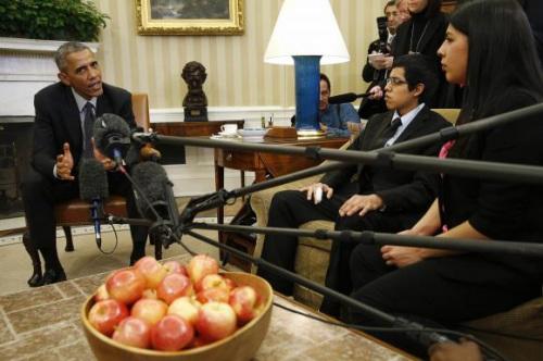 奥巴马白宫会见非法移民 斥责移民改革反对者