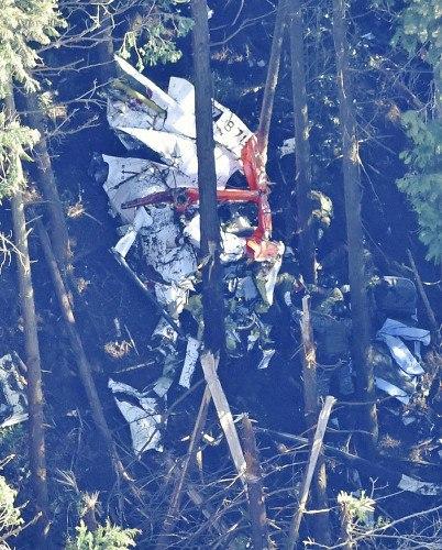 日本防卫省:自卫队失事直升机上3人全部遇难