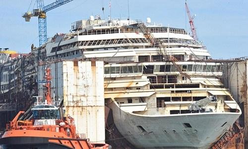 意大利倾覆邮轮残骸航行最后10英里 将被拆除