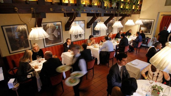 Parts of New York dinner hall will cancel the tip of the boss said help fair distribution