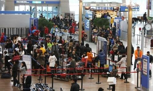 仁川机场5200件行李未搭上飞机航空公司拟诉讼