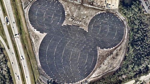"""美佛州現最大""""米老鼠""""原是太陽能發電廠(圖)"""